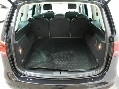 begagnad VW Sharan GT TDI 184HK 4M DSG7/P-Värmare/Drag/Premium