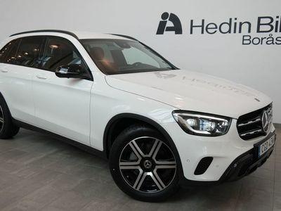 begagnad Mercedes GLC220 D // 4MATIC // SUV // Demo // Värmaren // Dragkrok // Multibeam // night package //