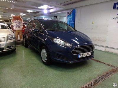 begagnad Ford Fiesta 1.0 Kamkedja En ägare LÅGMIL