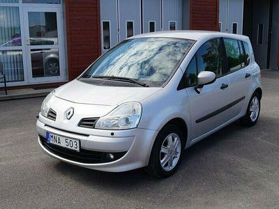 begagnad Renault Modus 1.2 TCe 5D Nybes 101hk