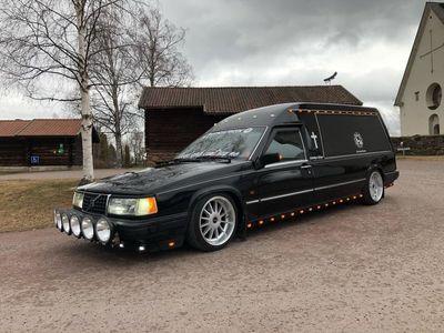 begagnad Volvo 945 FTT begravningsbil