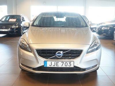 begagnad Volvo V40 SUMMUM D4 Halvkombi 2015, Kombi 149 900 kr