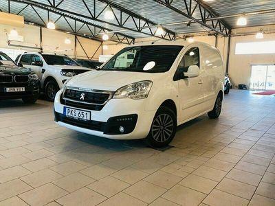 begagnad Peugeot Partner Skåpbil 1.6 BlueHDi Aut. PRO + 99hk Drag