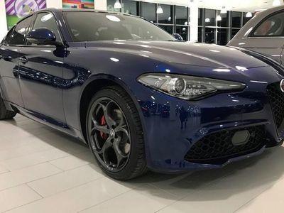 begagnad Alfa Romeo Giulia VELOCE 2.0 280hk Turbo AWD AT8 MY20 *NYHET!*