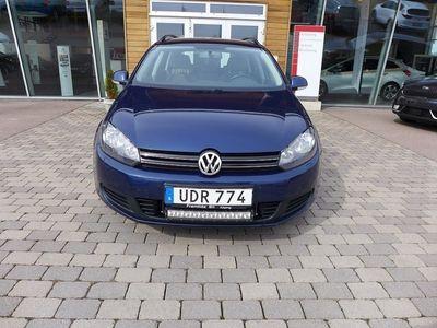 begagnad VW Golf 1.6 TDI 105 hk Vinterhjul-Dragkrok !!!