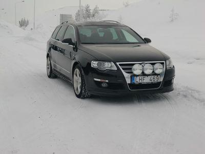 begagnad VW Passat 2,0TDI 170hk 4M DSG R-LINE 2010
