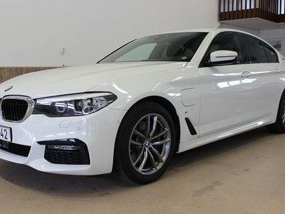 begagnad BMW 530 E IPerformance M Sport EU6 252HK Navi