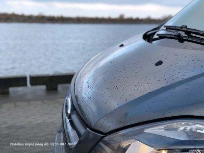 begagnad Ford Tourneo Handikappanpassad rullstolsbil