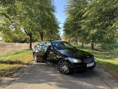 begagnad BMW 330 i Automat Comfort, Dynamic 258hk