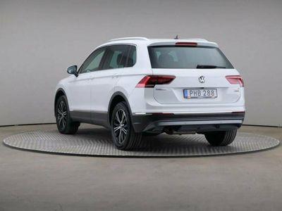 begagnad VW Tiguan TDi 190 4motion Dsg Executive Navi Dragpkt