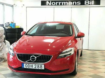 begagnad Volvo V40 D3 Momentum/Auto/Nav/Drag/Nybes/Kambyt/150hk