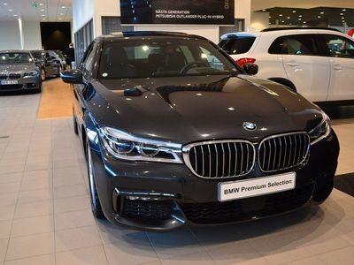 begagnad BMW 730 d xDrive M-Sport / Taklucka (265hk)