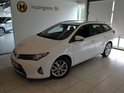 begagnad Toyota Auris Kombi
