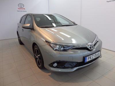 begagnad Toyota Auris 1.2T