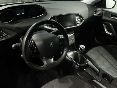 begagnad Peugeot 308 SW 1.6 e-HDi 115hk Active