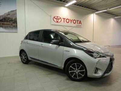 begagnad Toyota Yaris Hybrid 1.5 Y20 BI-TONE SMARTPHONE