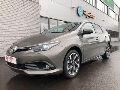 begagnad Toyota Auris 1,2 TS ACTIVEPLUS 6200 MIL EN BR