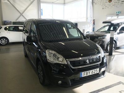 begagnad Peugeot Partner L2 Dragkrok Inredning