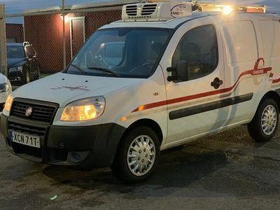 begagnad Fiat Doblò Cargo 1.3 Multijet kylbil 2009, Transportbil 79 800 kr
