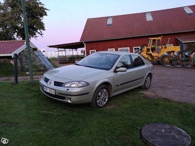 begagnad Renault Laguna -05