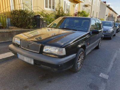 begagnad Volvo 850 Kombi - Svart