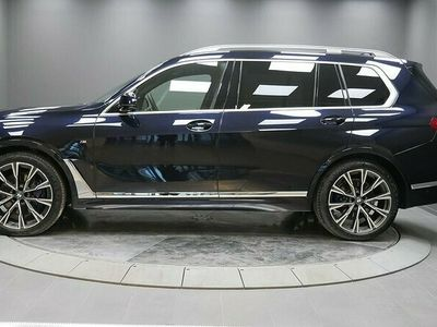 "begagnad BMW X7 xDrive30d M-Sport Executive Drive 22"" Drag 2021, SUV Pris 1 029 000 kr"