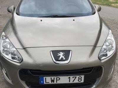 begagnad Peugeot 308 5-dörrar 1.6 e-HDi FAP