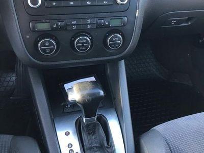 begagnad VW Jetta 2,0 FSI