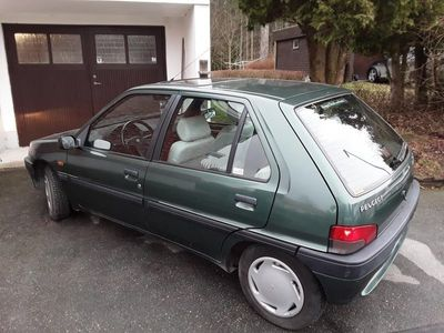 begagnad Peugeot 106 5-dörrar