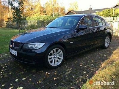 begagnad BMW 325 i, m.blå, automat, 6000 mil, bensin.
