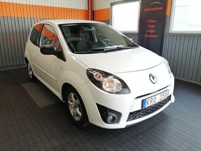 begagnad Renault Twingo 1.2 76hk Nyservad AUX ISOFIX 0:- KR Kontantinsats