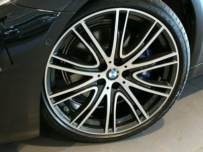 begagnad BMW 530 d xDrive Touring M-Sport Innovation Edt Nypris 847.000:-