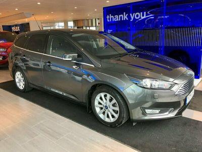 begagnad Ford Focus 1.0T (125hp) EcoBoost Titanium Kombi