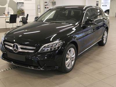 begagnad Mercedes C220 D 4MATIC KOMBI/DEMO