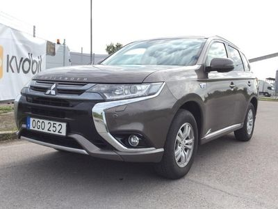 begagnad Mitsubishi Outlander P-HEV 2.0 4WD (121hk)