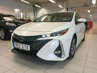 begagnad Toyota Prius Plug-in Hybrid 1,8 Executive / 5-sits / Navi / Vinterhjul