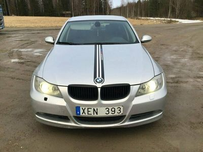 begagnad BMW 325 i Sedan Automat Advantage, Comfort, Dynamic 218hk