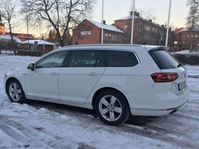 begagnad VW Passat SC TDI 190 4Motion DSG6 GT -16