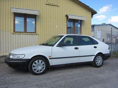 begagnad Saab 900 5-dörrar 2.0 130hk(Ny besiktat)