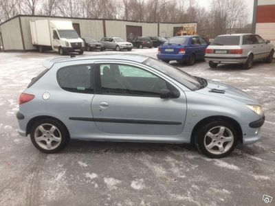 begagnad Peugeot 206 2,0 GTI manuell Nybes -02