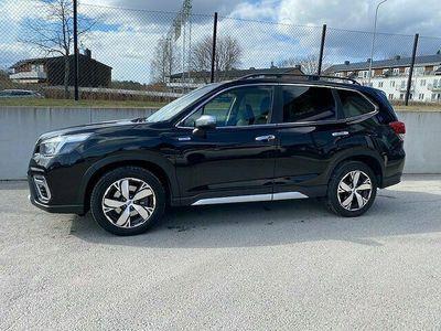 begagnad Subaru Forester 2,0 4WD e-Boxer 167 hk Summit