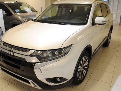 begagnad Mitsubishi Outlander Komfort Plus 4WD