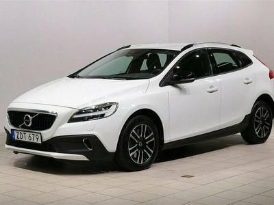 begagnad Volvo V40 CC T3 Aut Momentum Navi 2018, Kombi 229 900 kr