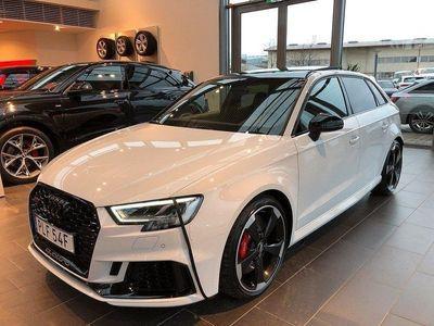 begagnad Audi RS3 SB 400hk * RS-Sportavgas * Svart Op