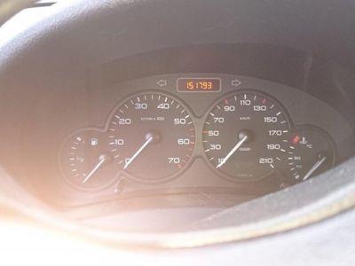 begagnad Peugeot Partner Lemans 1,6 HDI . Vit -07