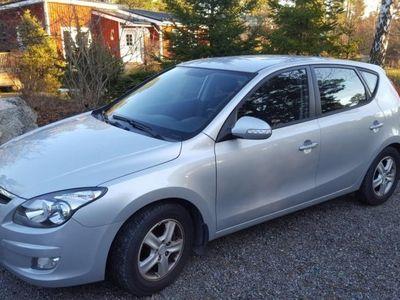 begagnad Hyundai i30 CRDi/115, 5 dörrrar, continental -10