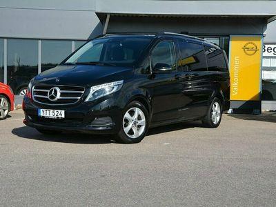 begagnad Mercedes V220 d 7G-Tronic Plus Euro 6 7-sits 163hk