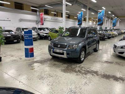 begagnad Suzuki Grand Vitara 2.0 Ny Servad Dragkrok 4WD (141hk)