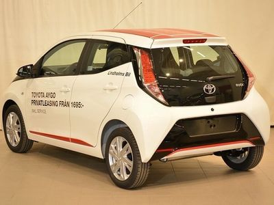 begagnad Toyota Aygo 1,0 X-play Touch 5-d