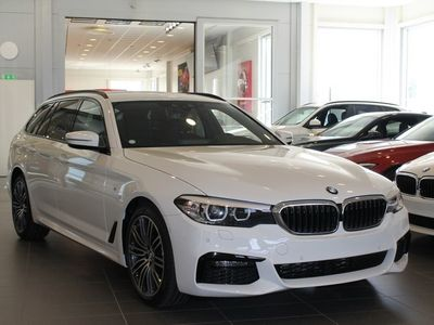 begagnad BMW 520 d xDrive M-Sport/ Connected/ Winter/ 19